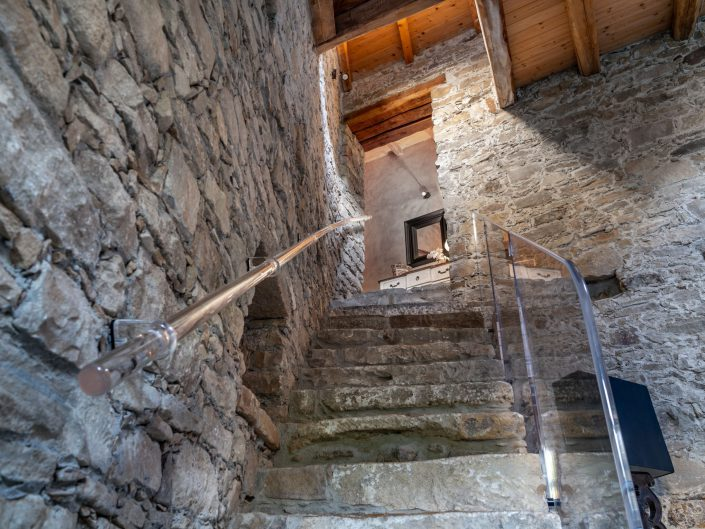 The solid stairway to some of the rooms.